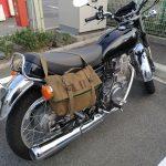 """クラシックスタイルのバイクにオススメのシートバッグ""""SB SIDE CARGO PACK"""""""