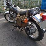 """クラシックスタイルのバイクにオススメのシートバッグ""""SB SIDE CARGO PACK""""の擦れを防ぐには?"""